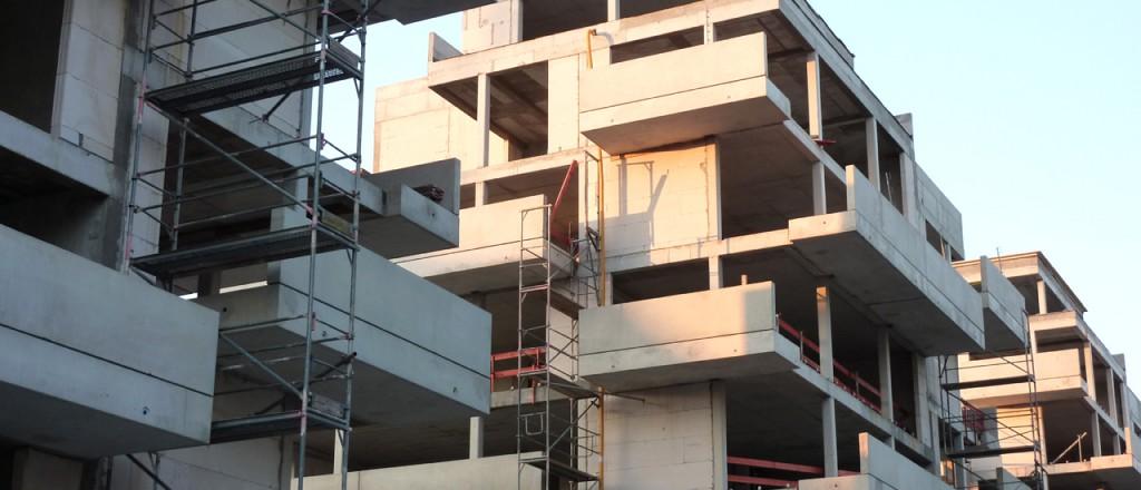 Jede Lücke wird in Berlin genutzt, um neue Wohnhäuser zu errichten.