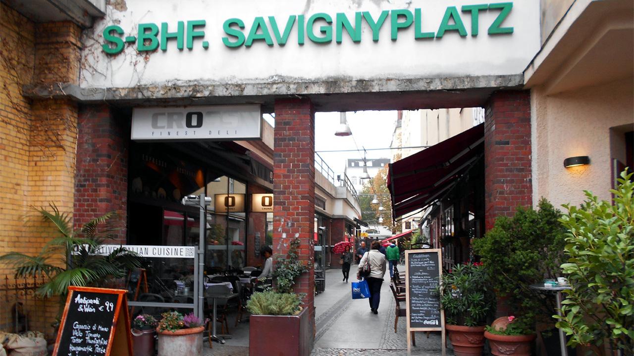 Charlottenburg - Savignyplatz